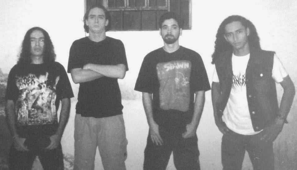 Banda INCINERADOR em sua formação original.(Foto: DivulgacaoUnderground)