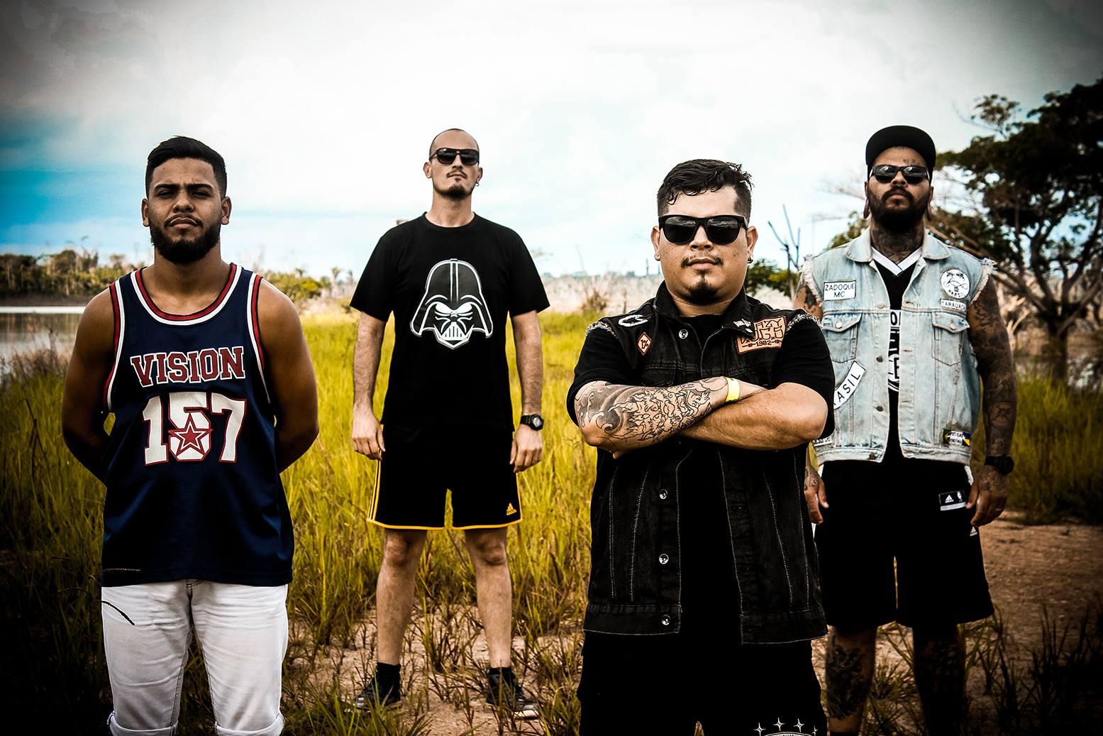 Illusion Of Death, ainda com o antigo baixista. Da esquerda para direita: Flávio Rodrigues (bateria), João Luiz (guitarra), Mário Henrique (vocal) e Pedro Jacob (baixo). (Foto: Facebook Illusion Of Death)